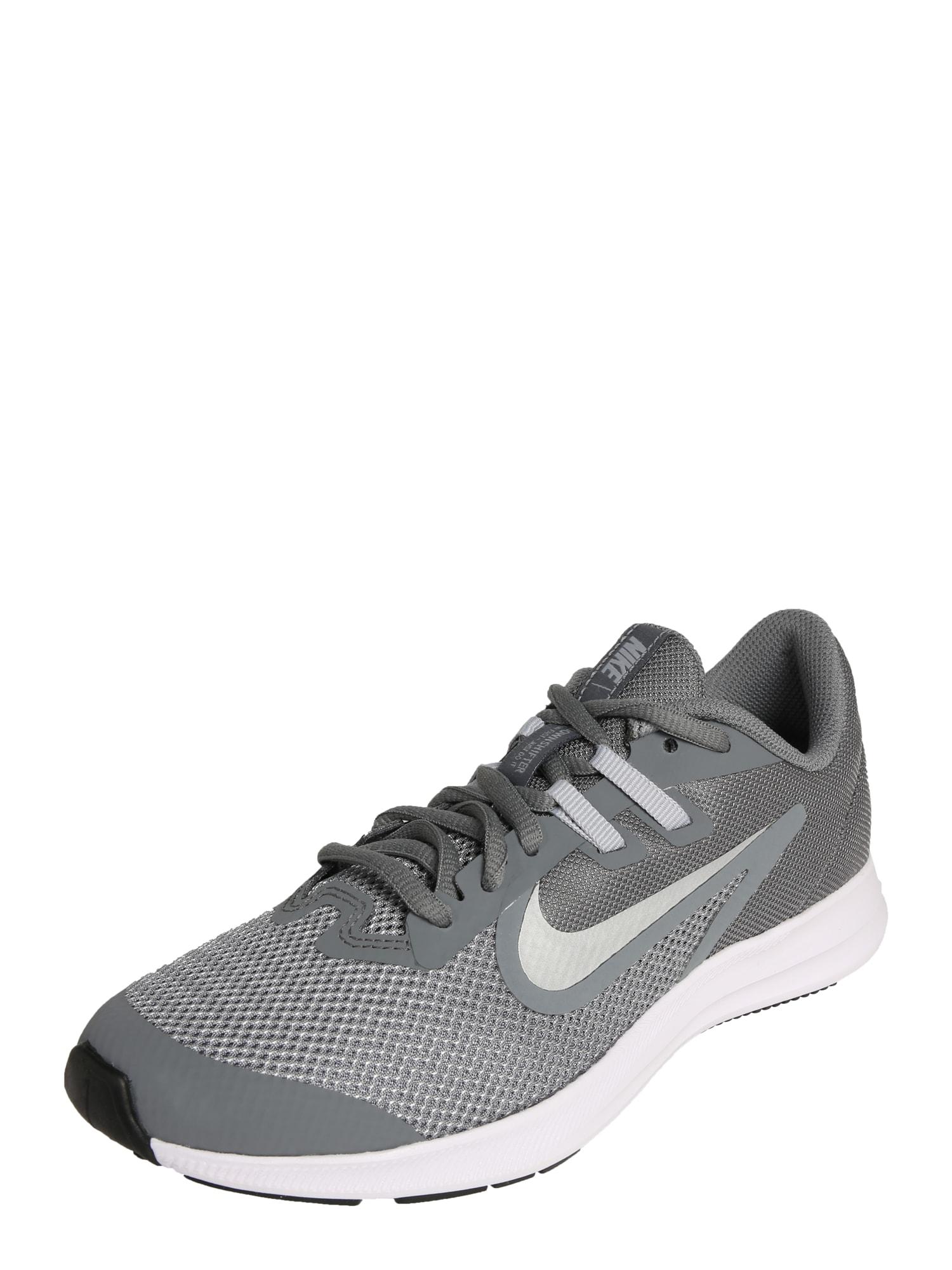 Sportovní boty Downshifter 9 světle šedá bílá NIKE