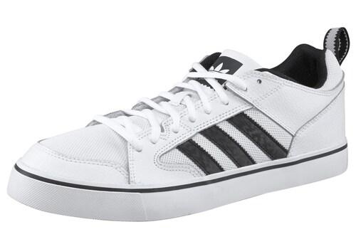 Varial II Low Sneaker