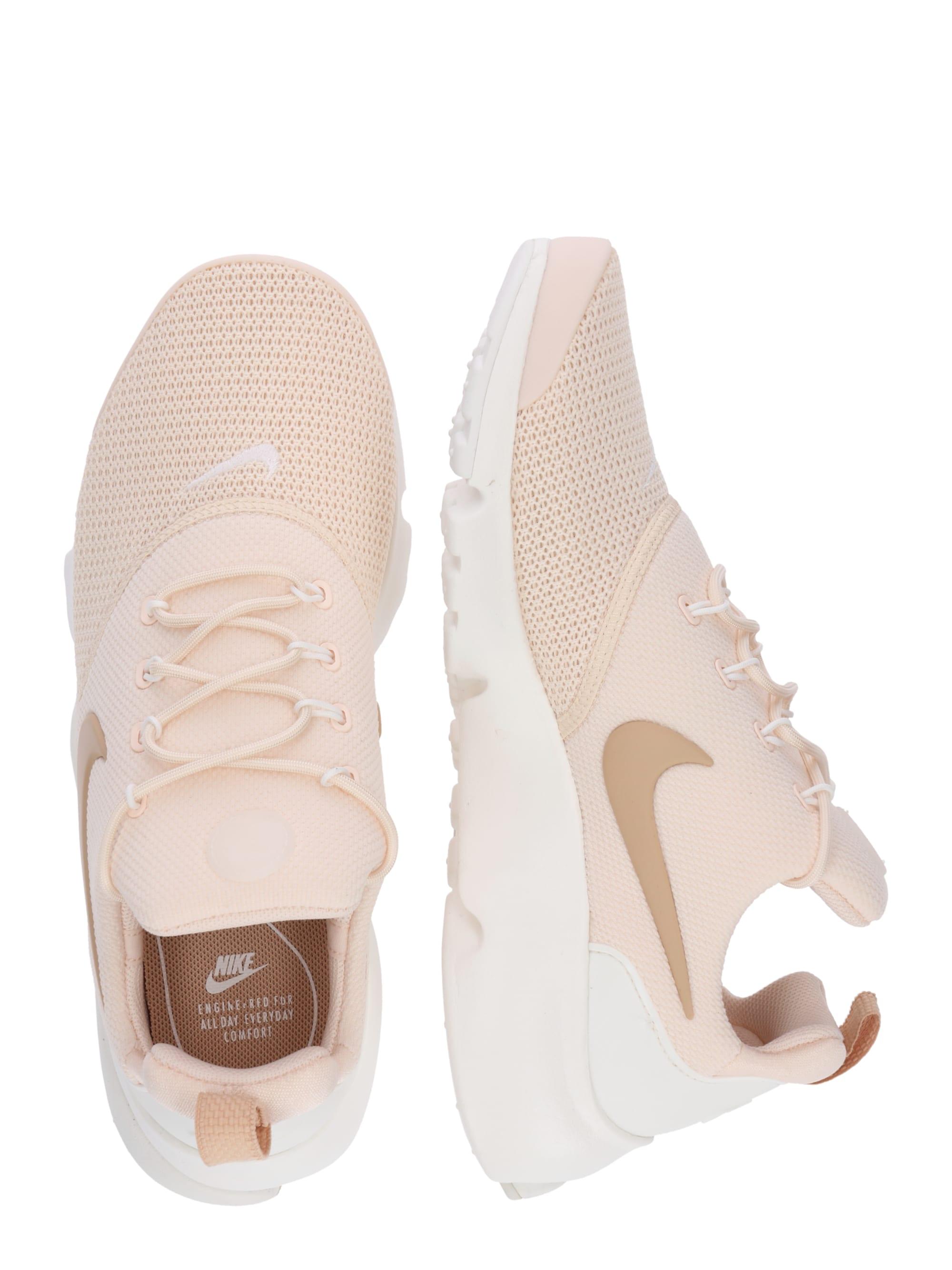 Nike Sportswear Trampki niskie 'Presto Fly'  kremowy / pudrowy