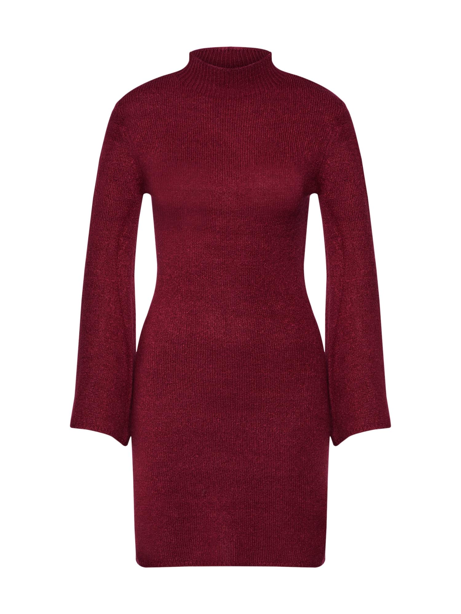 Úpletové šaty TASH ohnivá červená Bardot