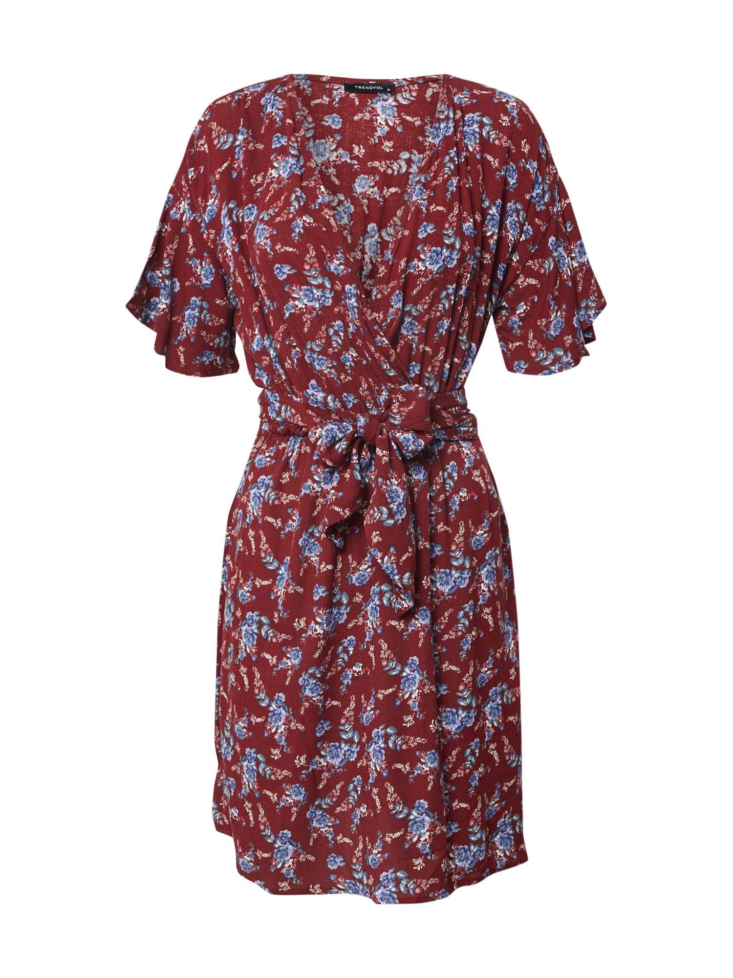 Trendyol Šaty 'Dress'  vínově červená
