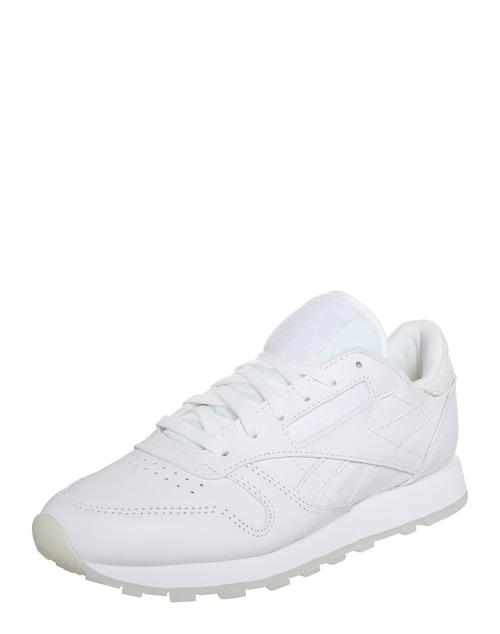 Die Sneakers ´LTHR FACE´ der Marke REEBOK CLASSIC sind ein echter Klassiker! Du kannst sie perfekt zu jedem Outfit kombinieren und kreierst dank dezenten Details wie Lochmuster oder Stitiching-Applikationen im Handumdrehen einen legeren Look!
