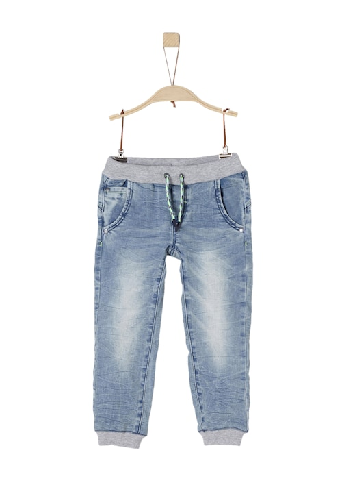 Jeans im Jogger-Style