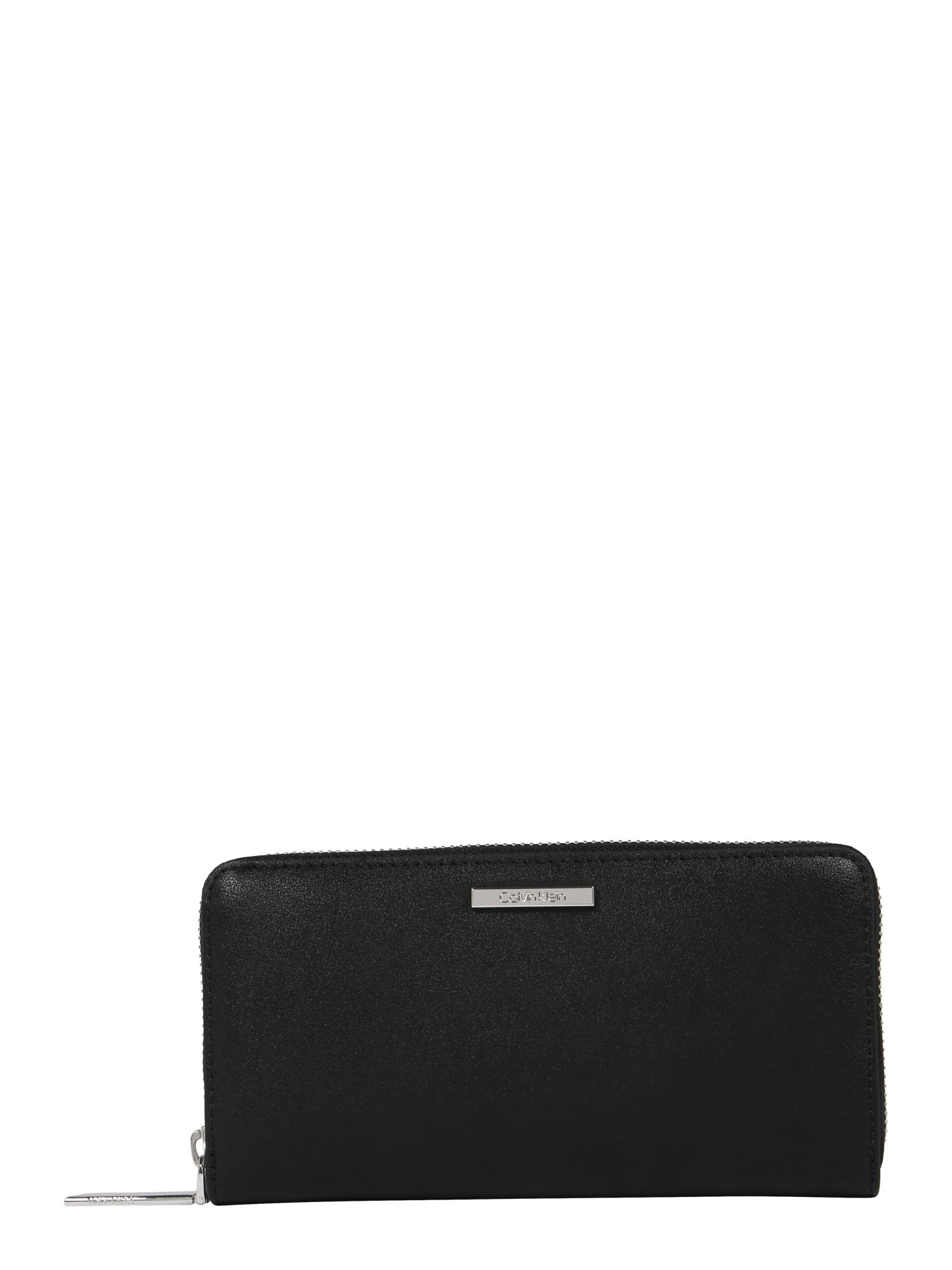 Peněženka EXTENDED LRG ZIPAROUND černá Calvin Klein