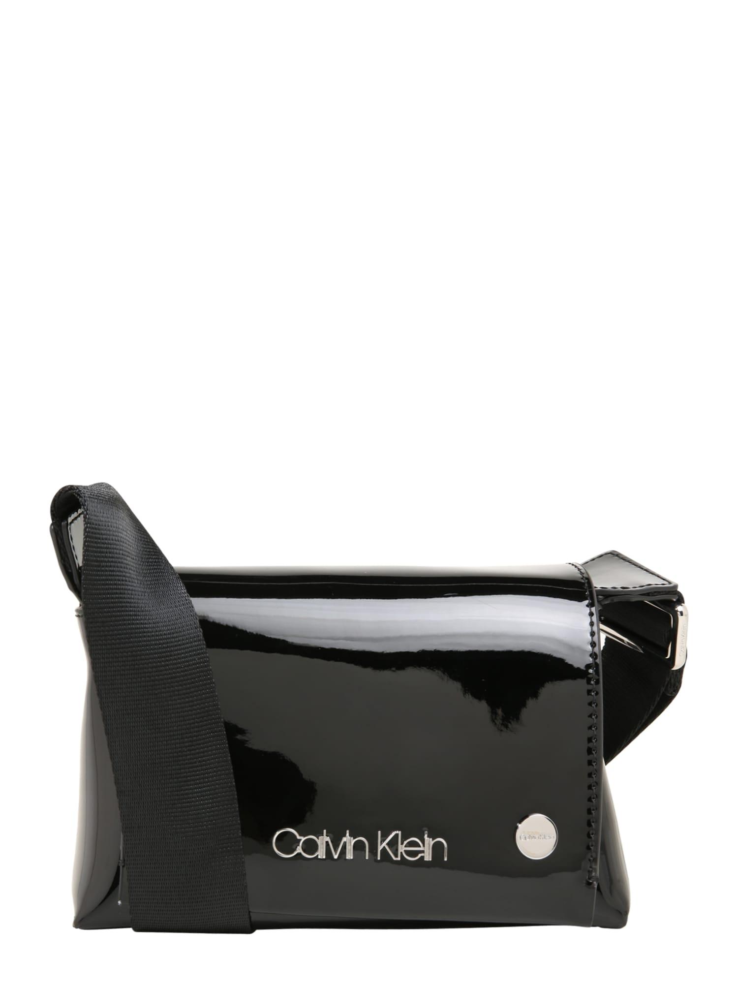 Taška přes rameno SNAP SML FLAP CROSSBODY P černá Calvin Klein