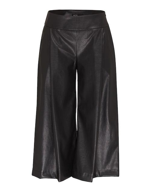 Extravagante Hose im trendy Culotte-Stil von Deyk. Das smarte Design in edler Lederoptik wird von Bundfalten auf der Vorderseite markant definiert.
