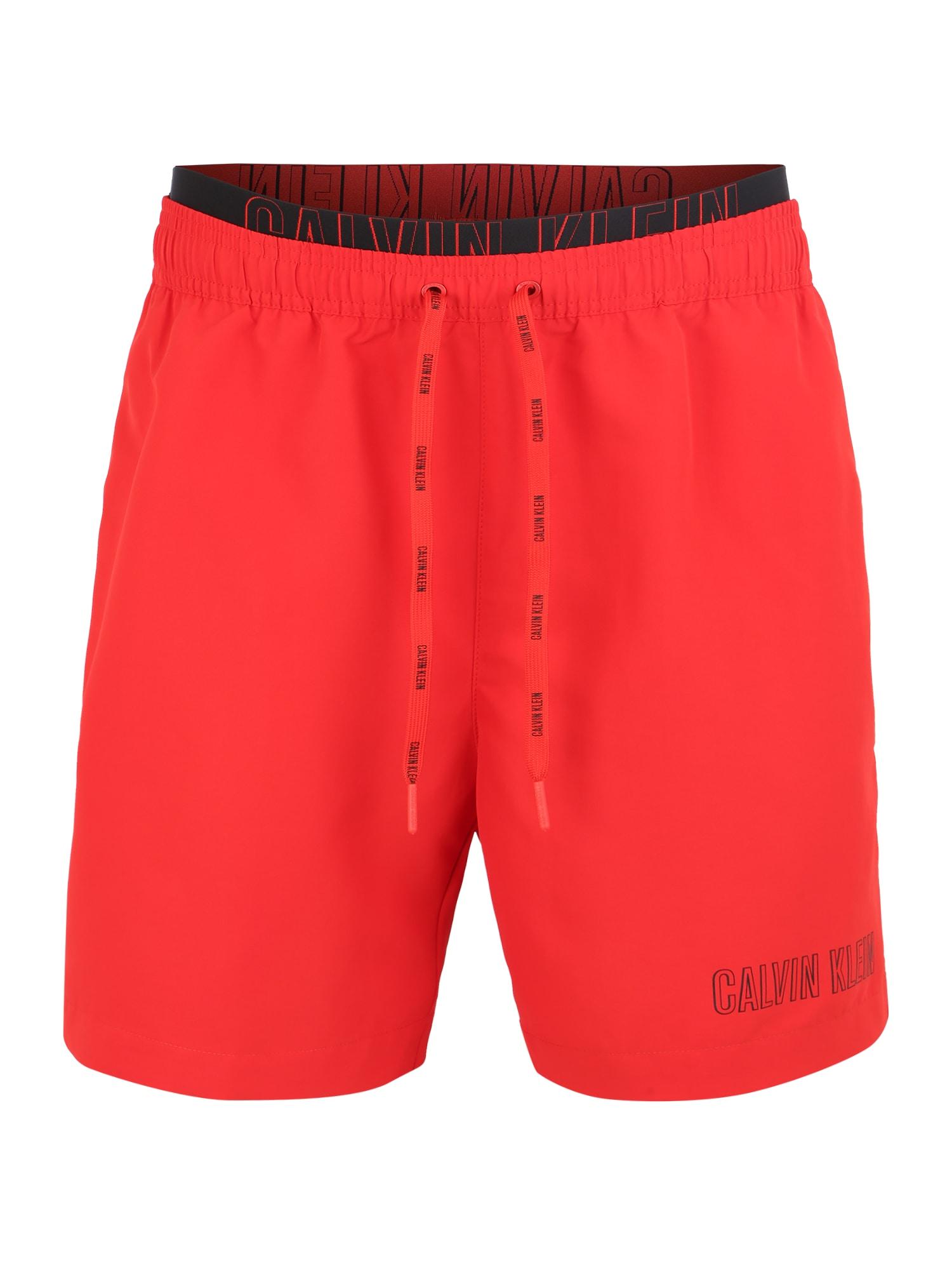 Plavecké šortky MEDIUM DOUBLE WAISTBAND červená Calvin Klein Swimwear