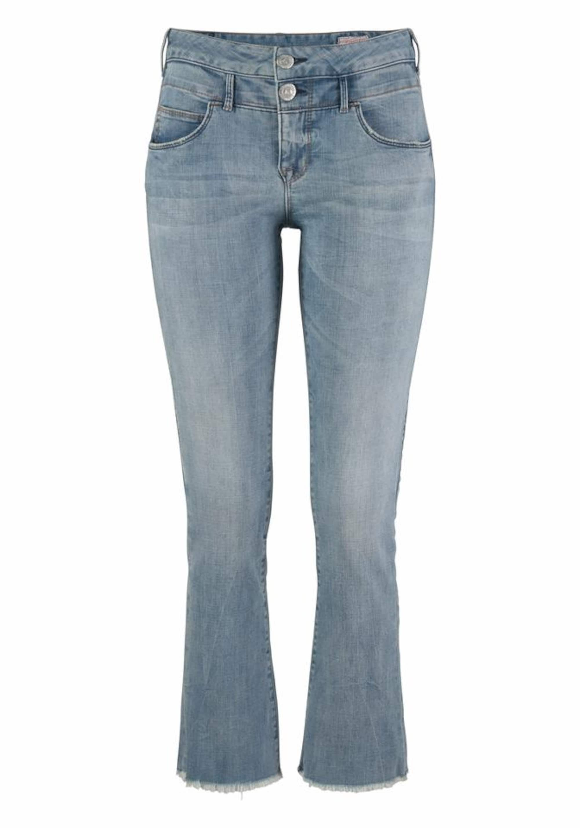 Image of Bootcut-Jeans ´Baby Cropped´
