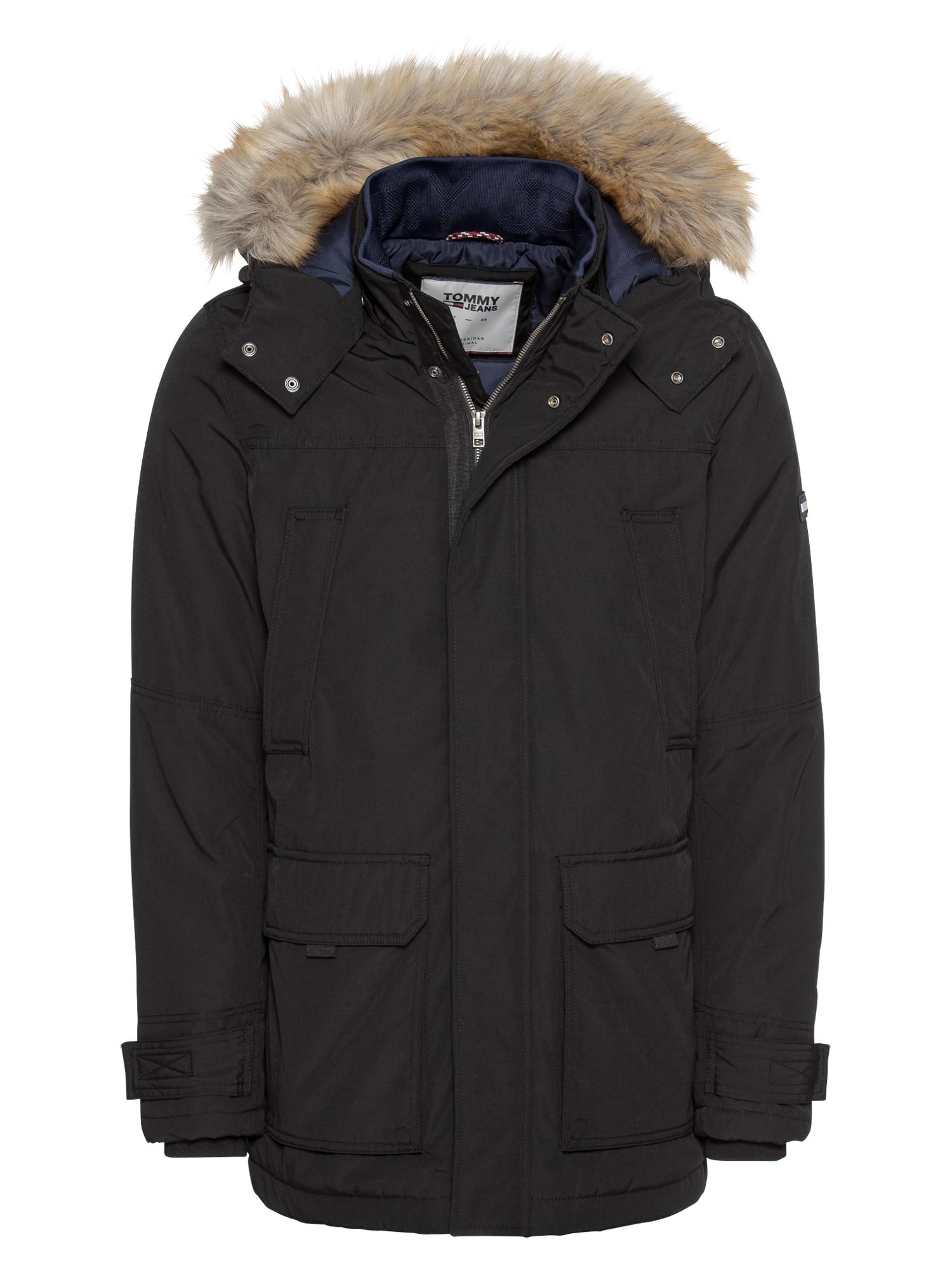 Zimní parka TJM TECHNICAL PARKA černá Tommy Jeans