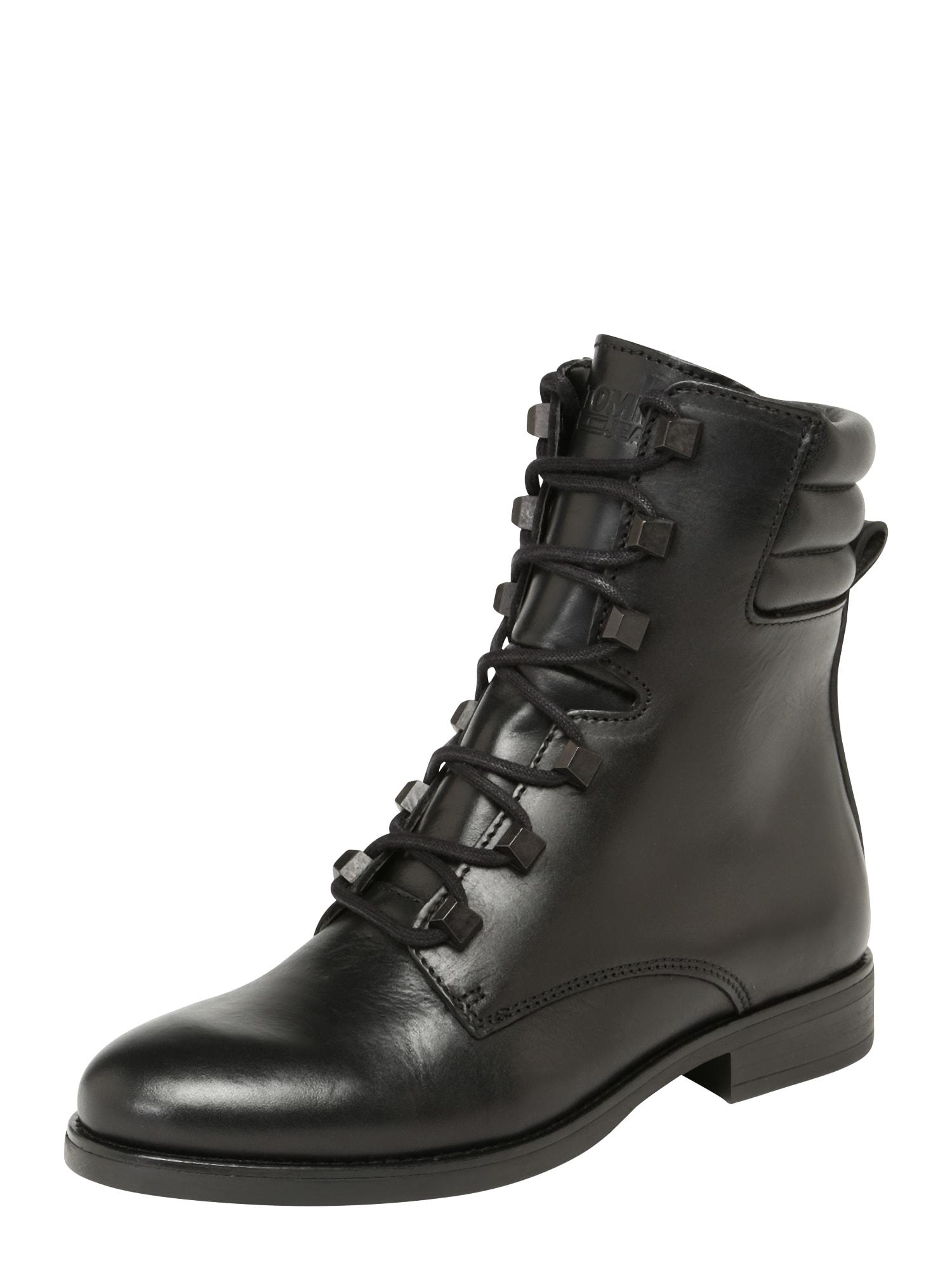 Šněrovací boty PIN LOGO LACE UP BOOT černá Tommy Jeans