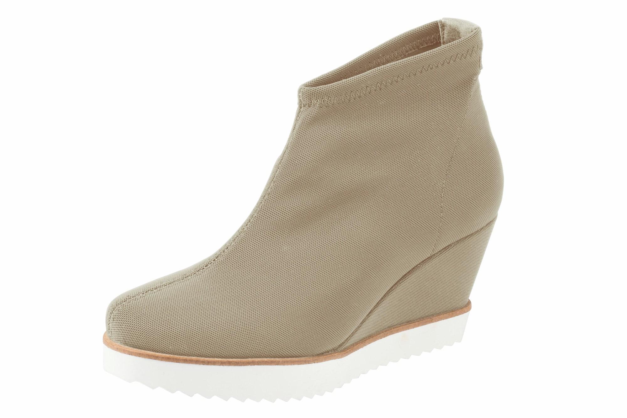 Keilstiefelette aus Stretch-Ware | Schuhe > Stiefeletten > Keilstiefeletten | Taupe | heine