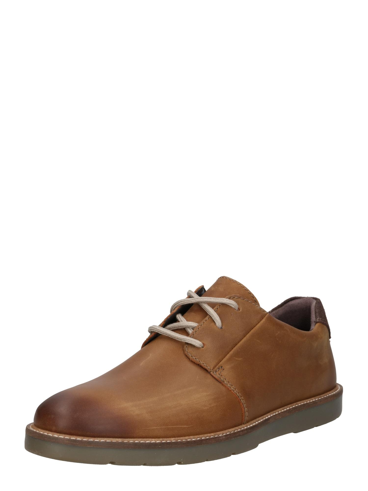 Šněrovací boty Grandin Plain koňaková CLARKS