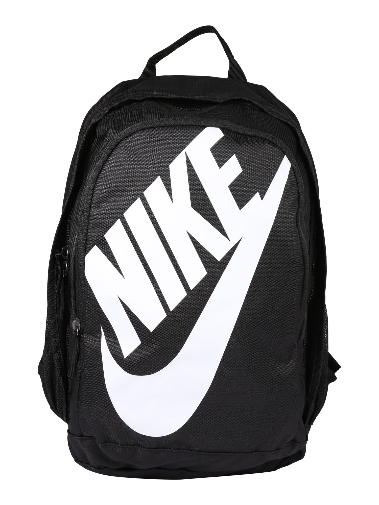 Batoh Hayward Futura černá bílá Nike Sportswear
