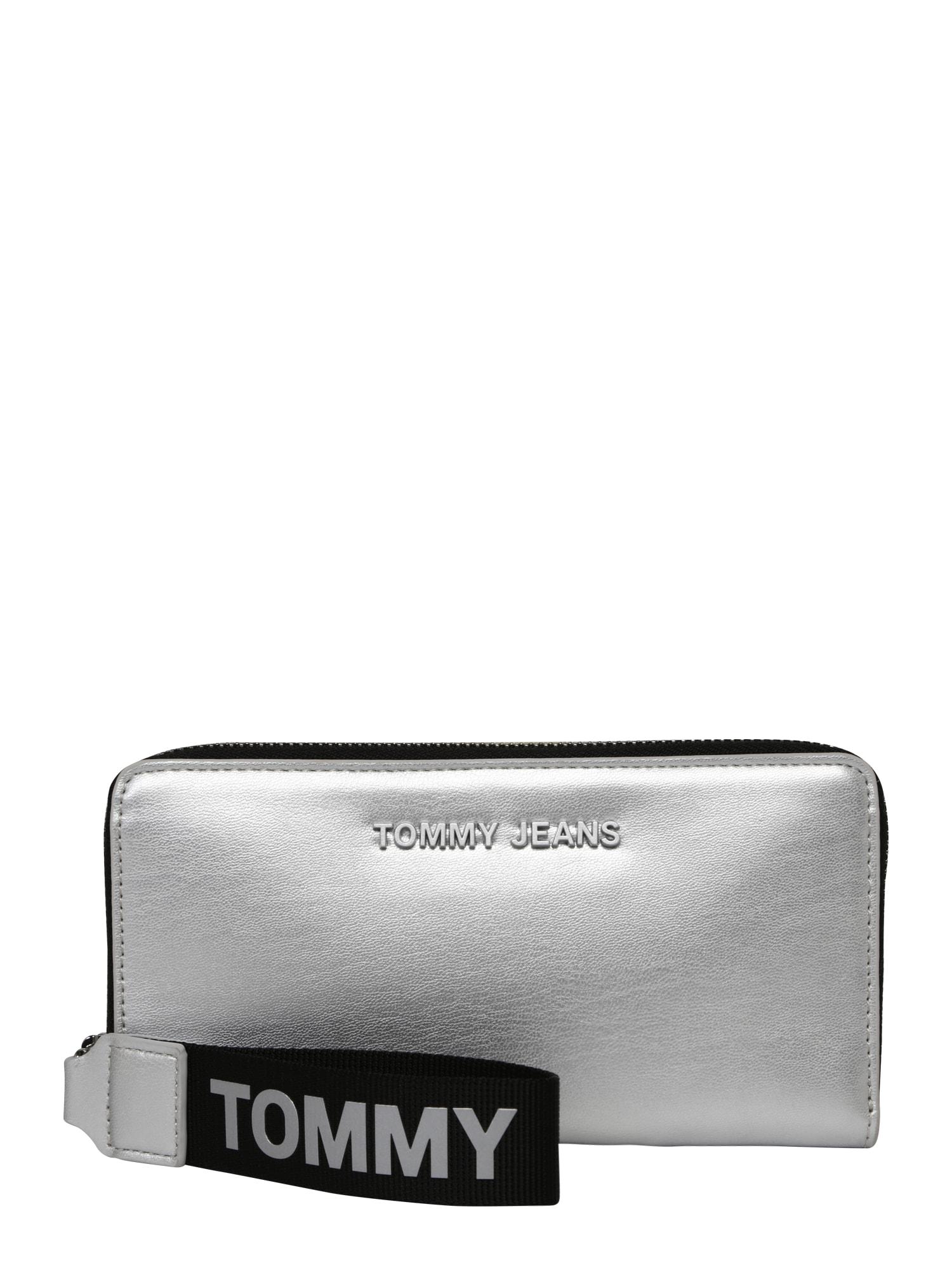 Peněženka černá stříbrná Tommy Jeans