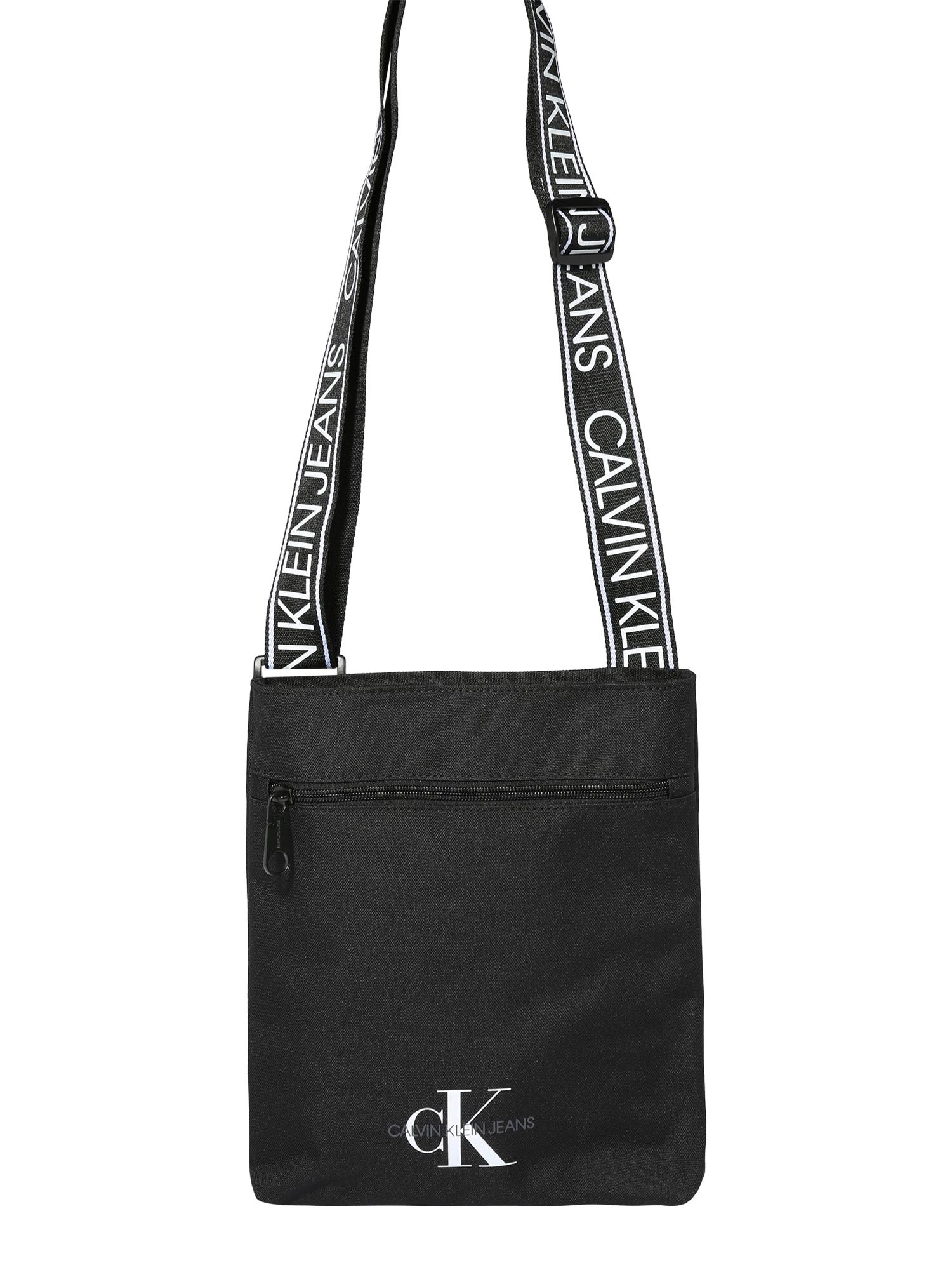 Calvin Klein Jeans Taška cez rameno 'FLATPACK W/PCKT'  čierna