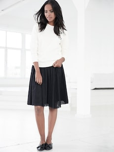 Statement Skirt Outfit