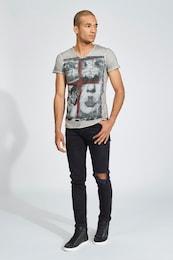 - trueprodigy Herren T-Shirt Guns and Girls mit V-Ausschnitt grau,rot,schwarz | 04057124014686
