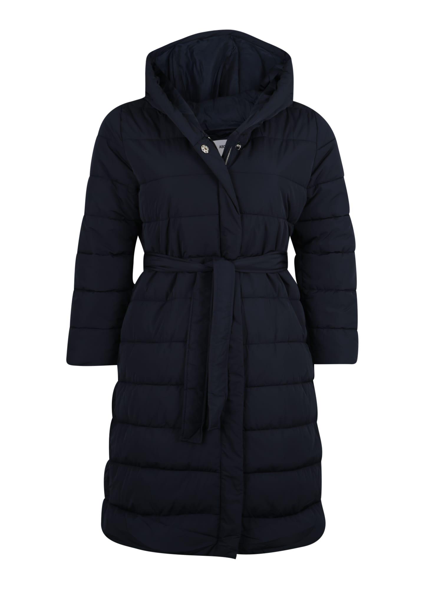 ABOUT YOU Curvy Žieminis paltas 'Chadia' tamsiai mėlyna