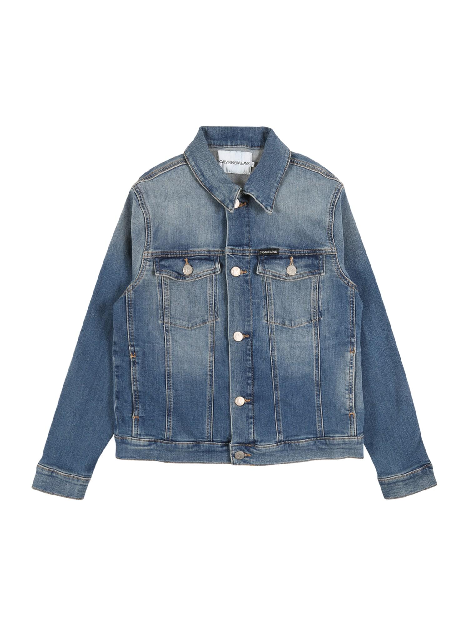 Calvin Klein Jeans Demisezoninė striukė 'BOYS TRUCKER' tamsiai (džinso) mėlyna