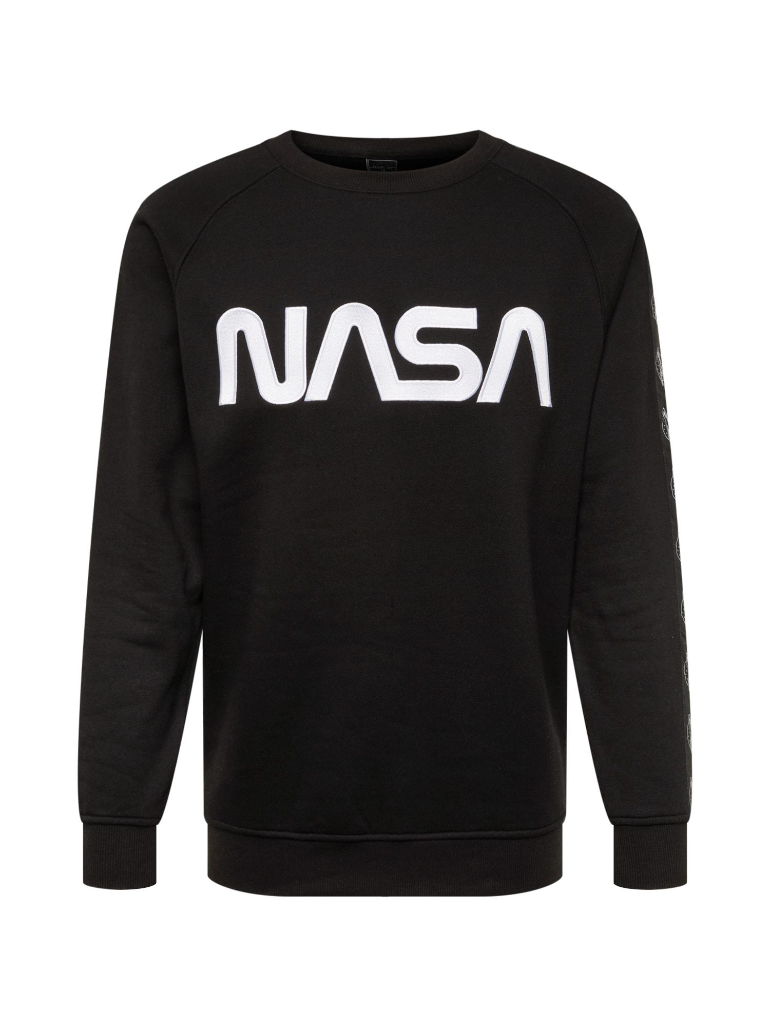 Mister Tee Bluză de molton 'NASA Wormlogo'  negru