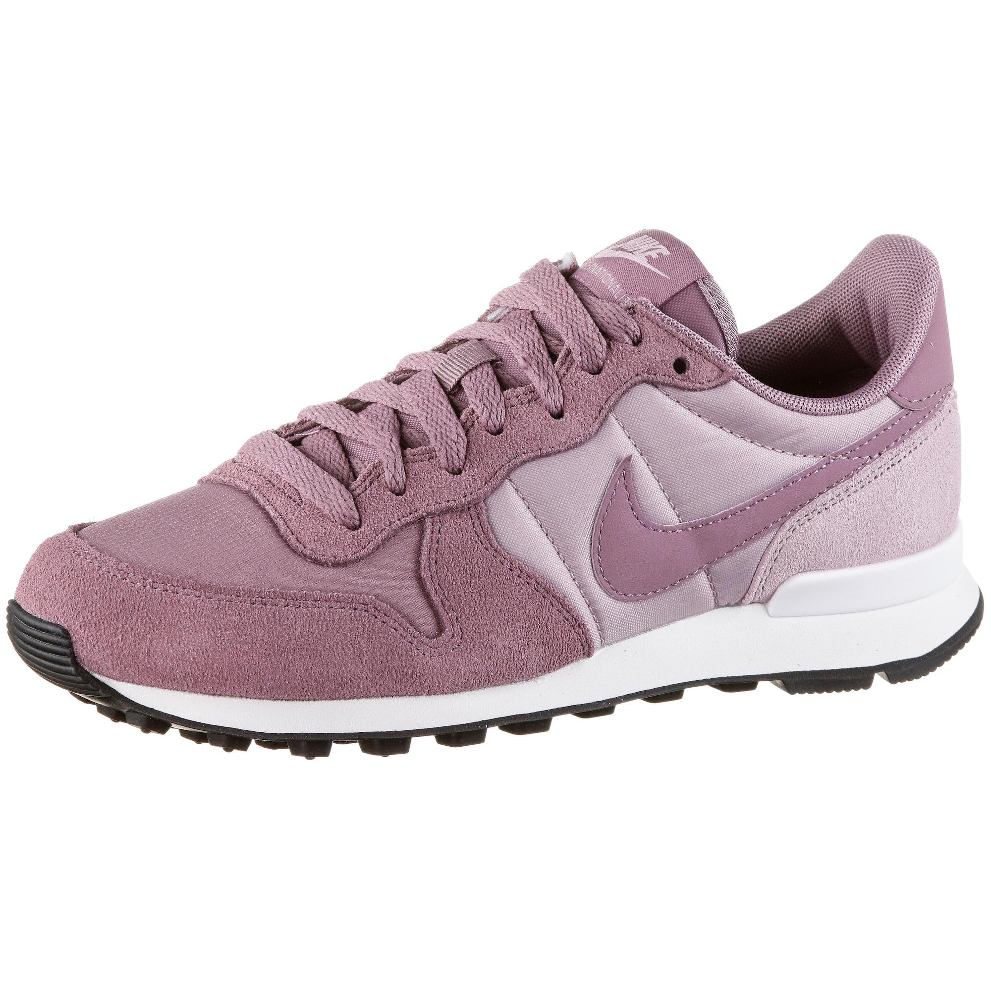 Tenisky Internationalist růže pastelově růžová Nike Sportswear