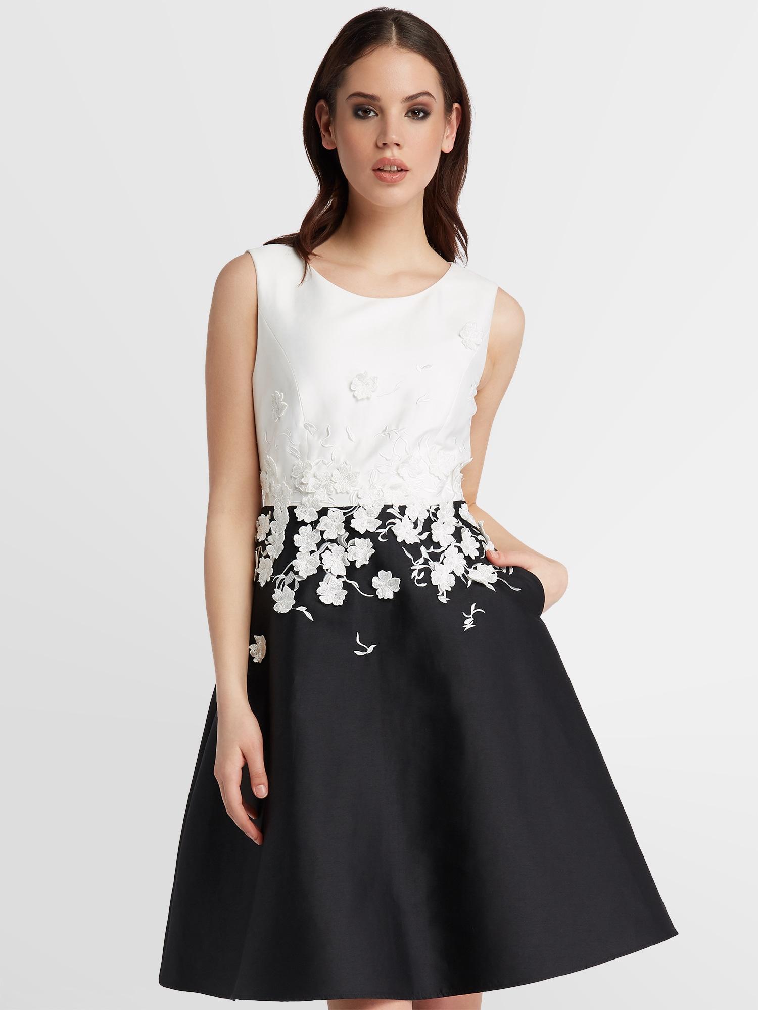 APART Kleid schwarz / perlweiß - Schwarzes Kleid