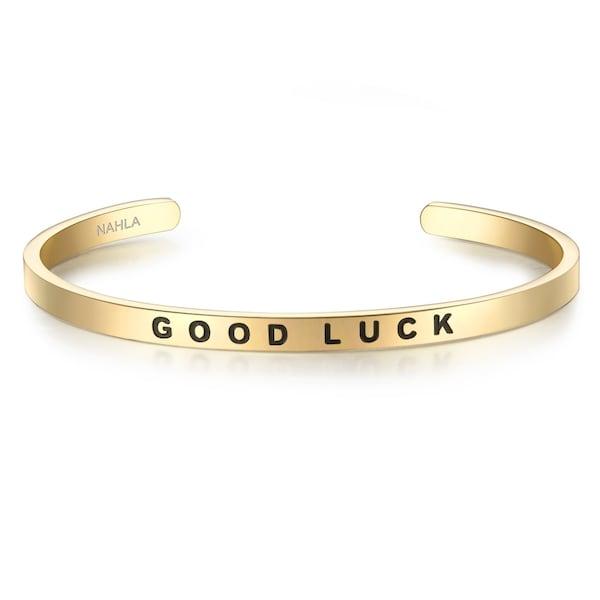 Armbaender für Frauen - Armband mit GOOD LUCK Schriftzug › Nahla Jewels › gold  - Onlineshop ABOUT YOU