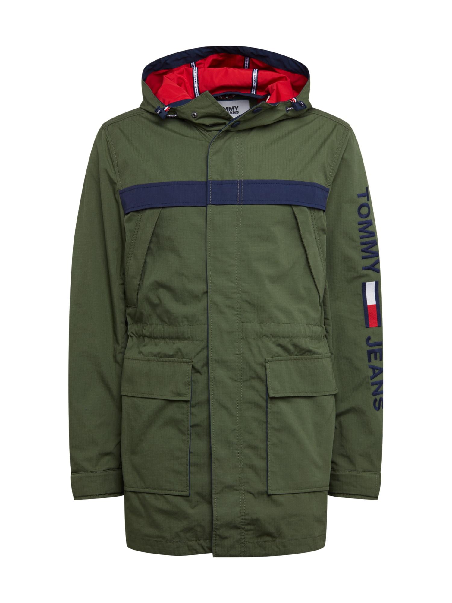 Tommy Jeans Ilga rudeninė-žieminė striukė alyvuogių spalva / tamsiai mėlyna jūros spalva / balta / raudona