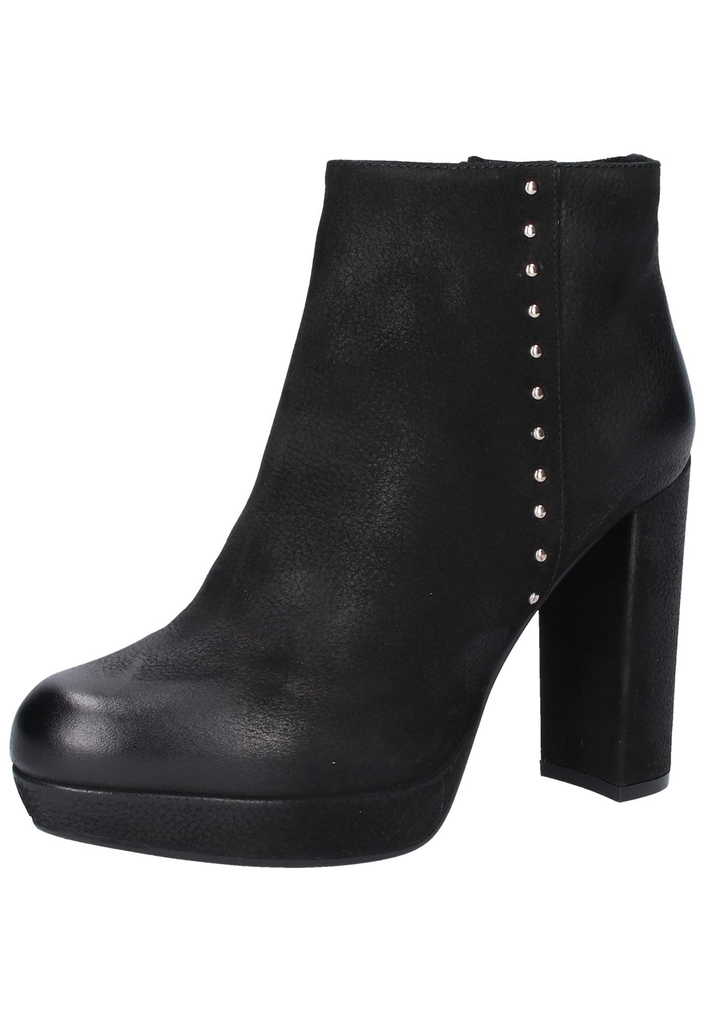 Kotníkové boty Nastud černá SPM