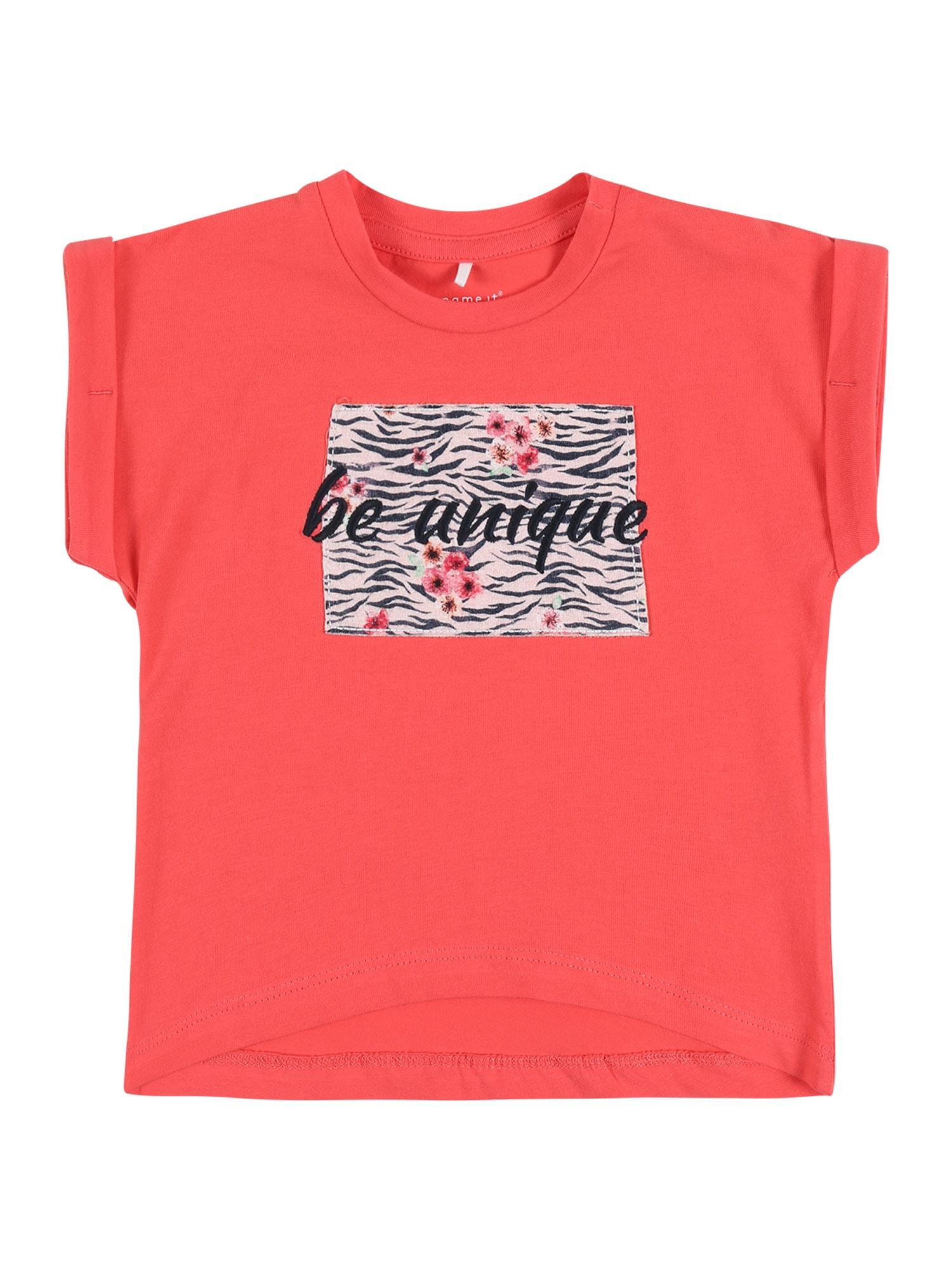 NAME IT Marškinėliai 'NBFJALIN' koralų splava / juoda / rožių spalva