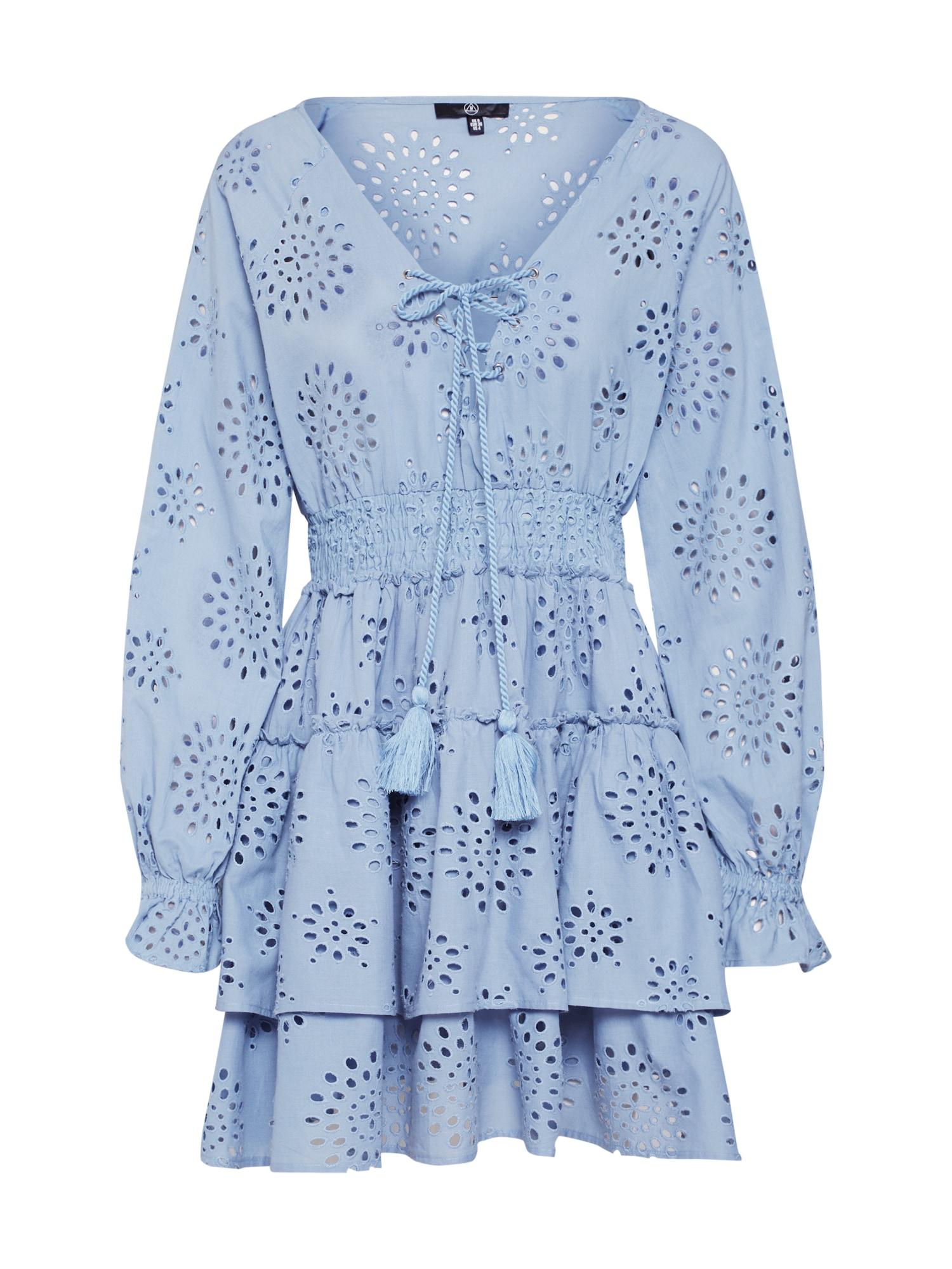 Letní šaty BRODERIE ANGAISE RUFFLE HEM MINI DRESS modrá Missguided