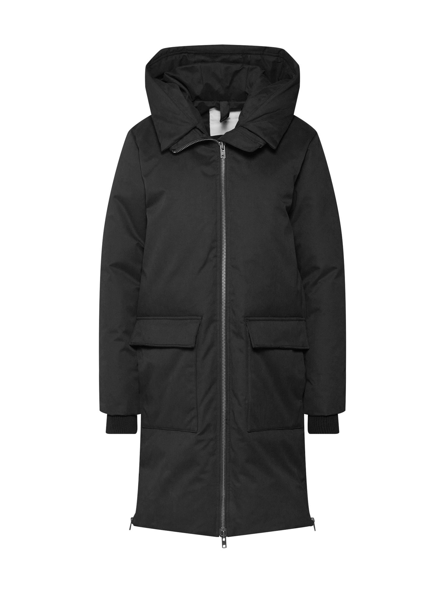 minimum Žieminis paltas 'Korna' juoda