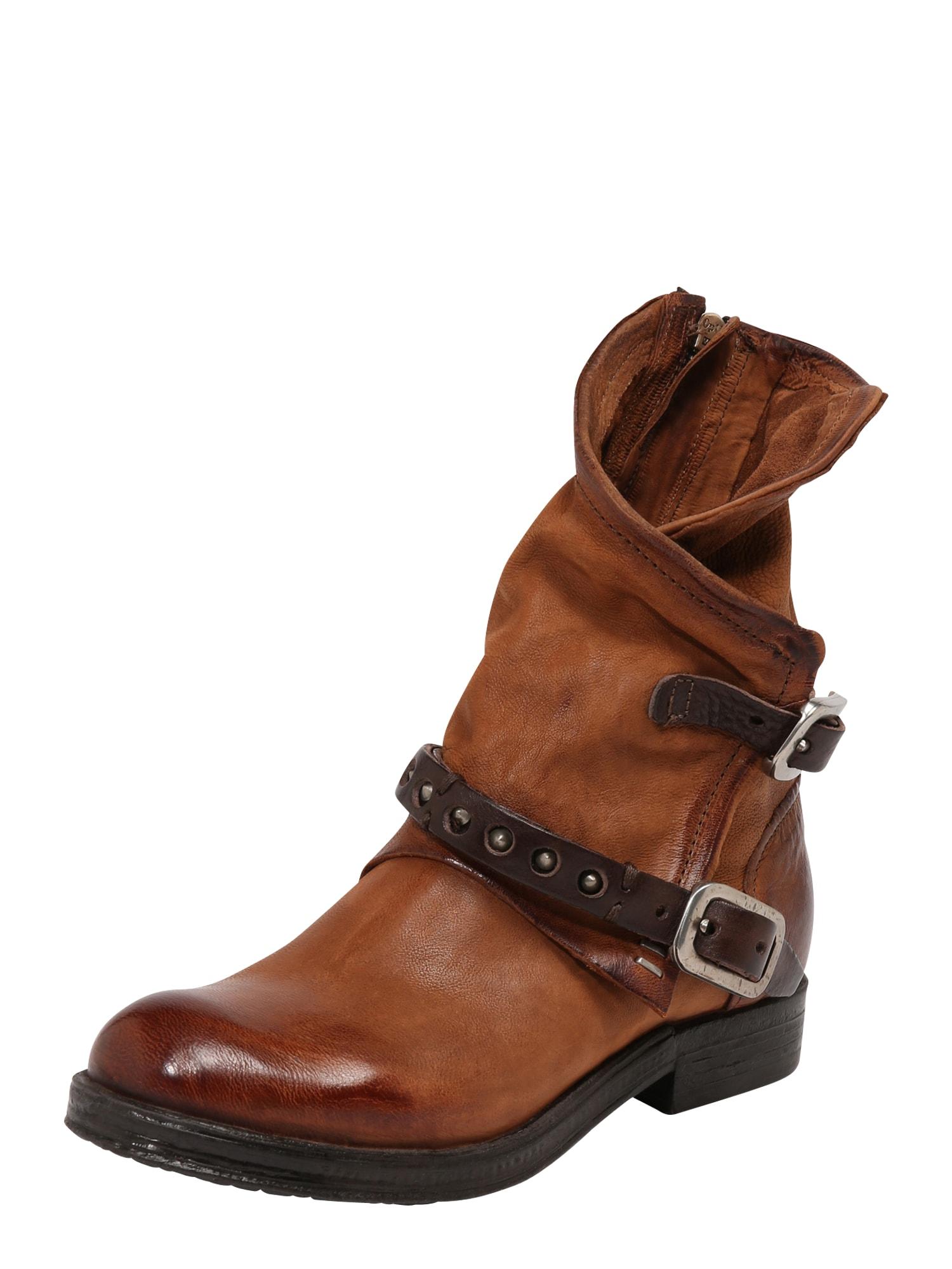 A.S.98 Auliniai batai ruda (konjako)