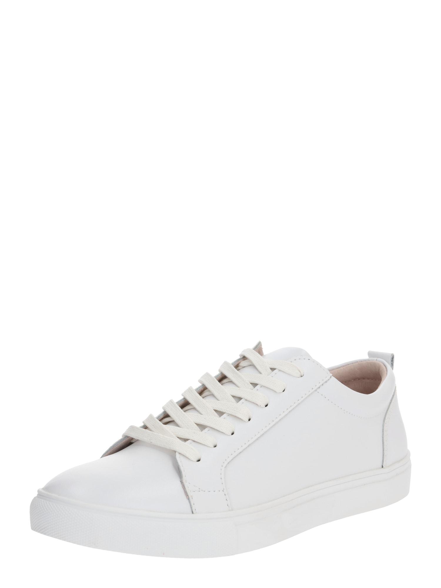 Shoe The Bear Rövid szárú edzőcipők 'COLE II L'  fehér