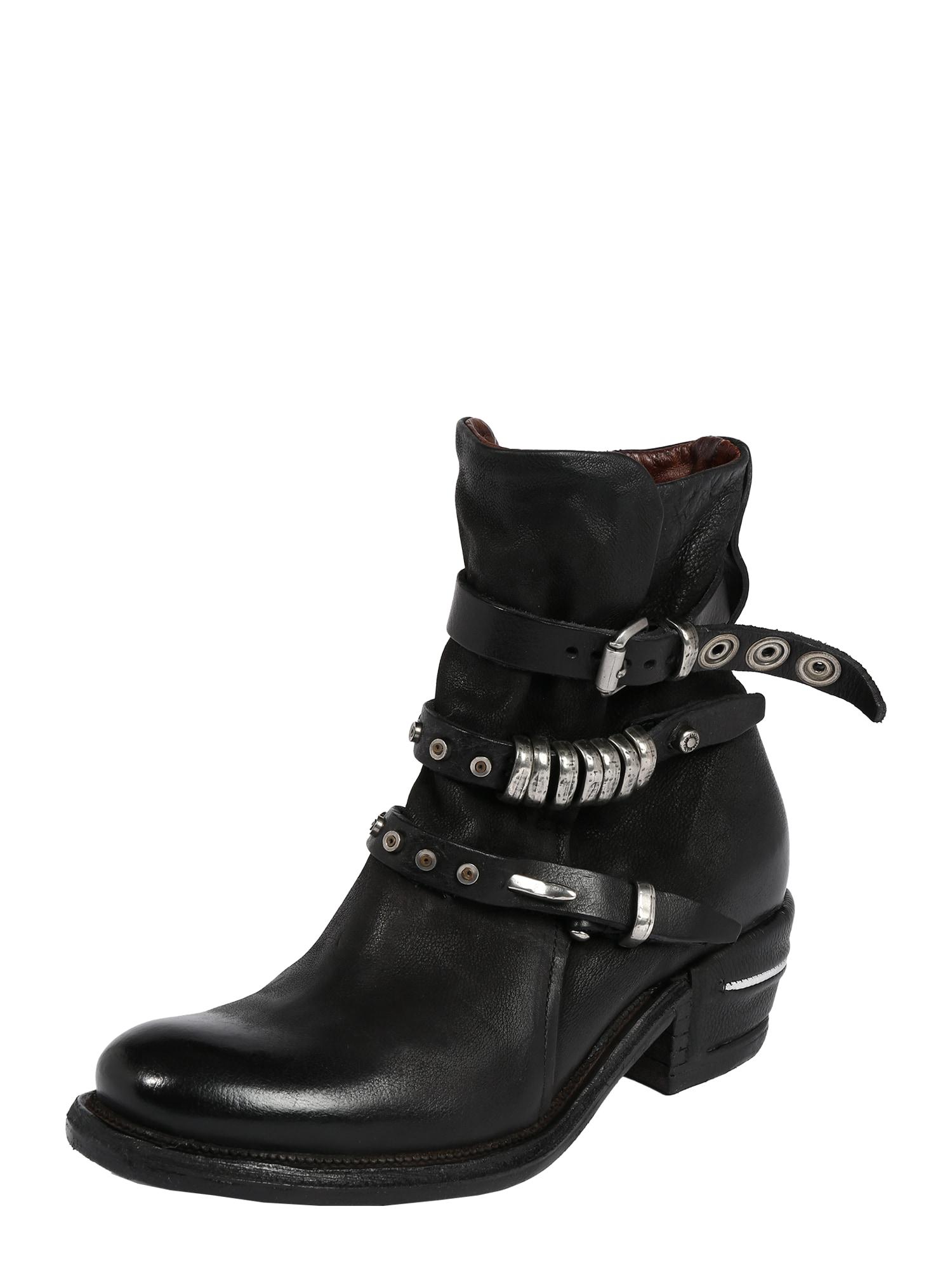 A.S.98 Auliniai batai