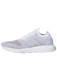 ADIDAS,ADIDAS ORIGINALS Damen Swift Run Pk Sneaker grau,weiß | 04059322544200