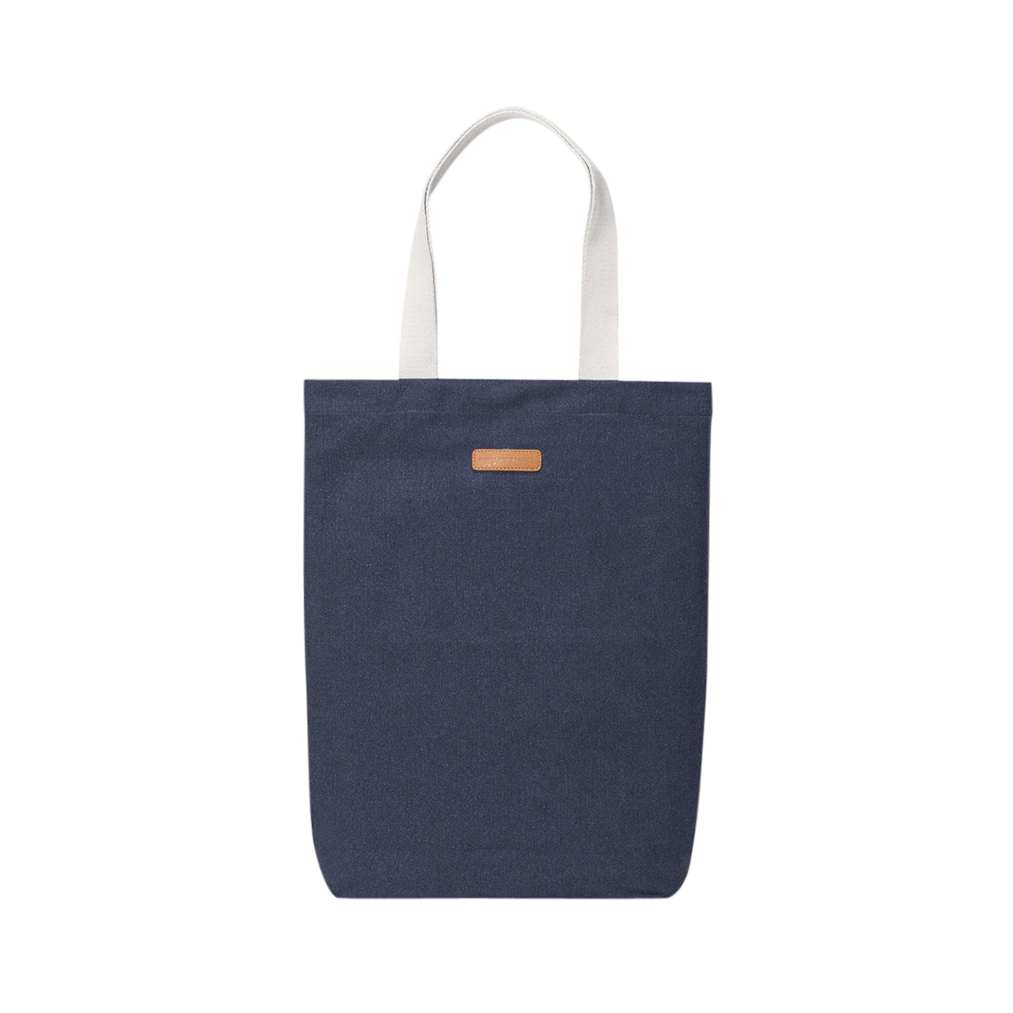 Nákupní taška FINN námořnická modř Ucon Acrobatics
