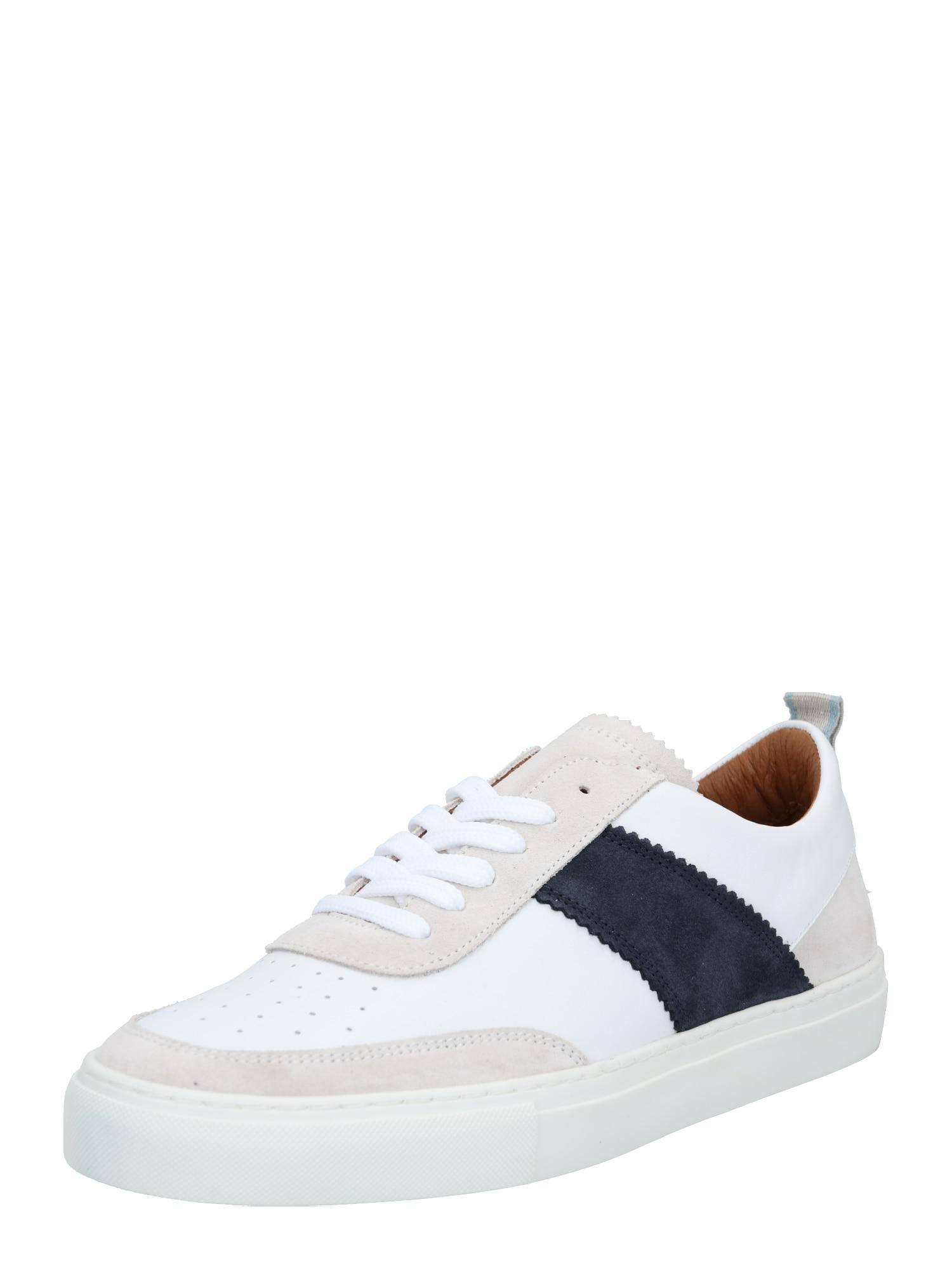 Shoe The Bear Sportbačiai be auliuko kūno spalva / balta / tamsiai mėlyna