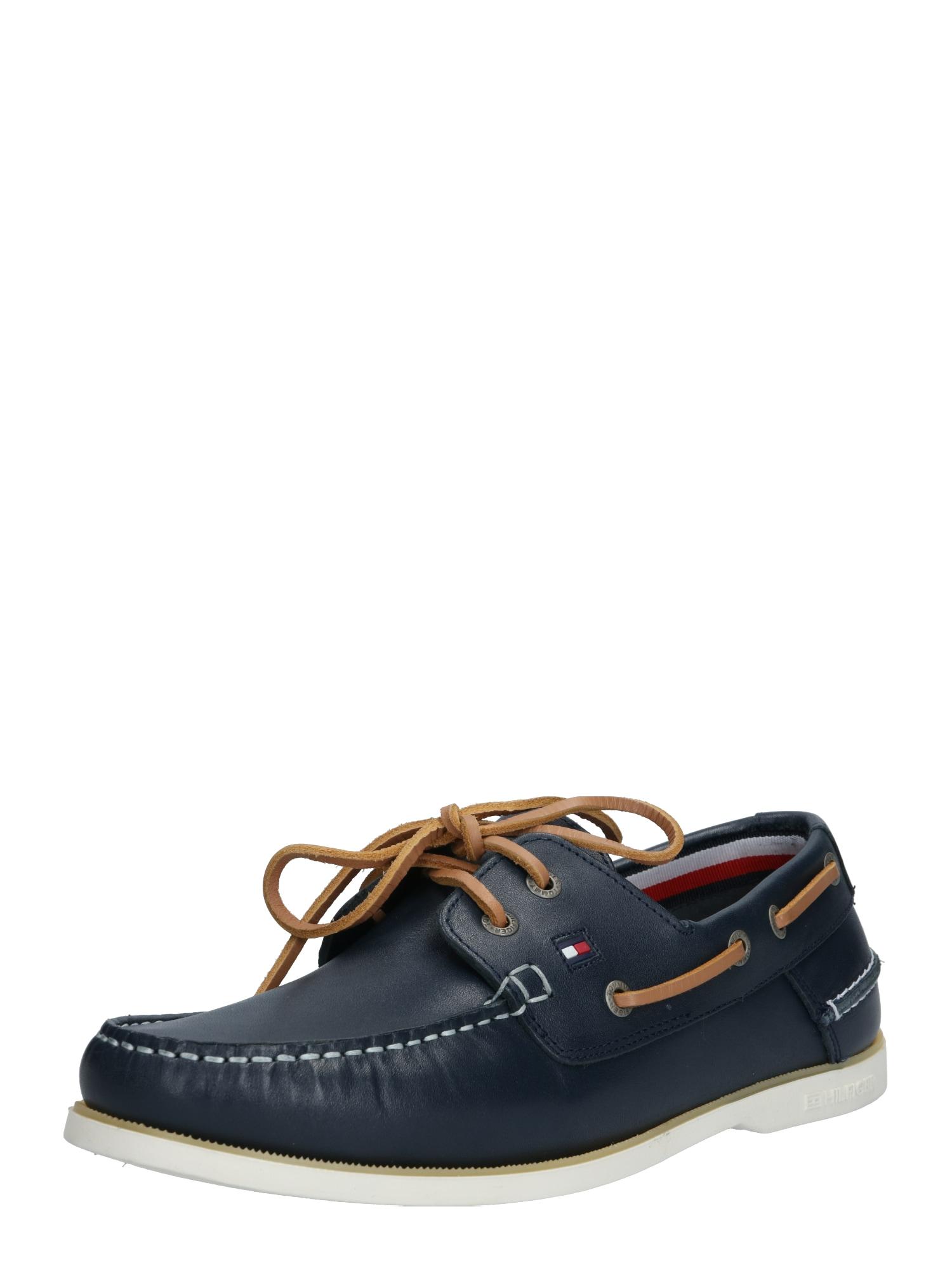 TOMMY HILFIGER Sportinio stiliaus batai su raišteliais balta / tamsiai mėlyna