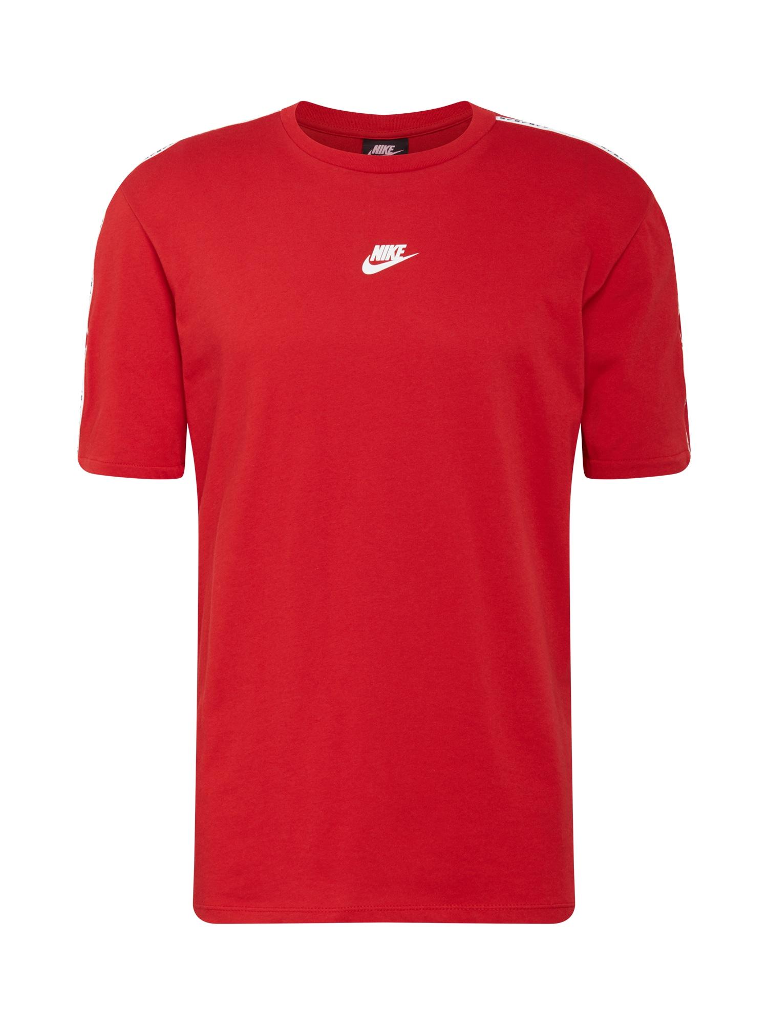 Nike Sportswear Marškinėliai 'Repeat' raudona
