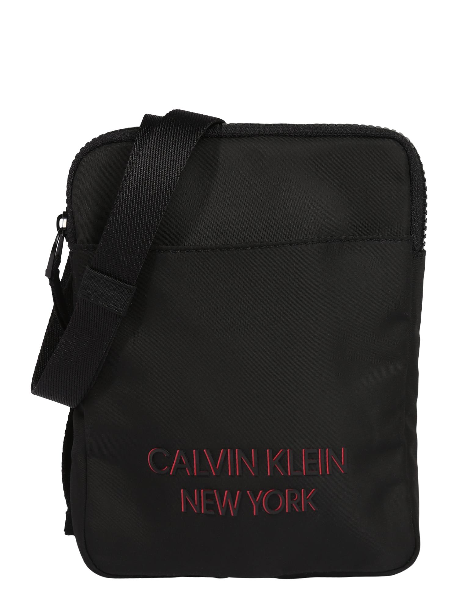 Calvin Klein Rankinė su ilgu dirželiu juoda / šviesiai raudona