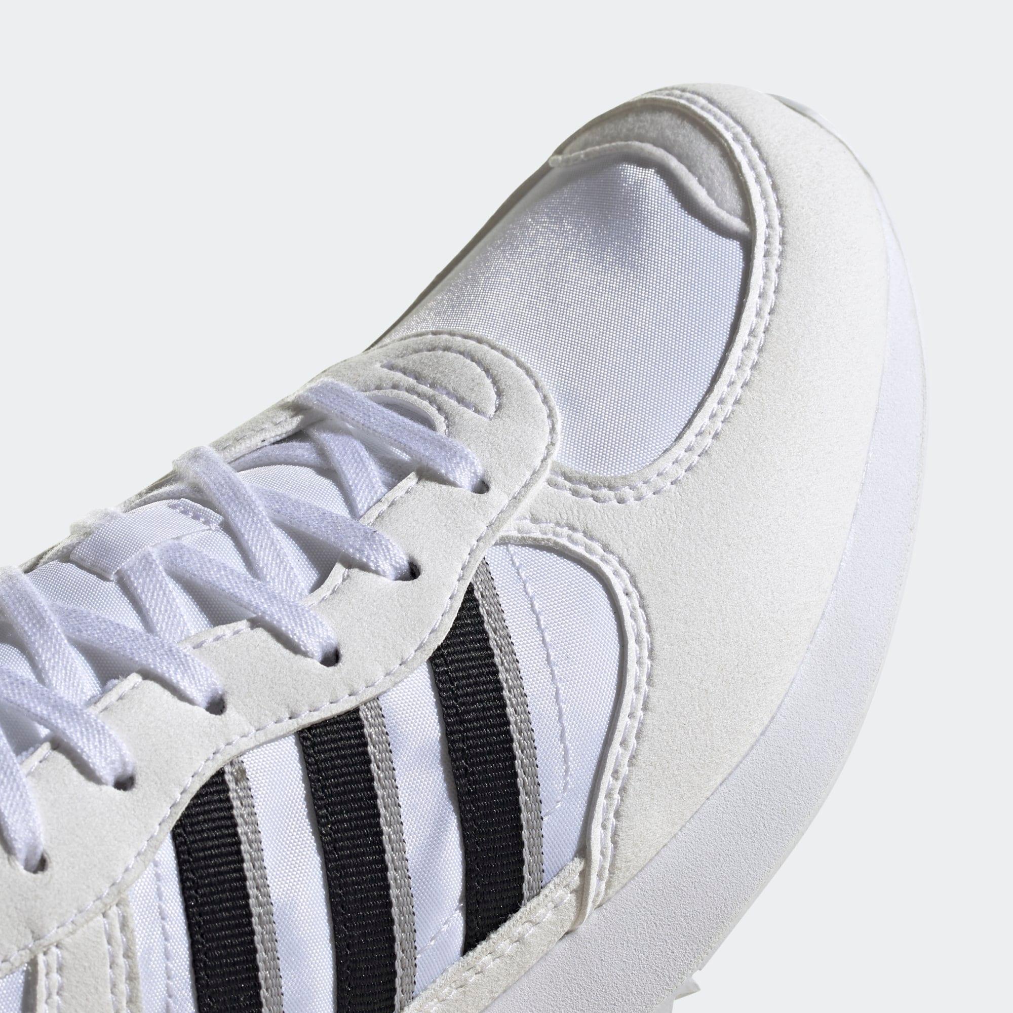 ADIDAS ORIGINALS Nízke tenisky 'Special 21'  čierna / biela ako vlna / šedobiela.