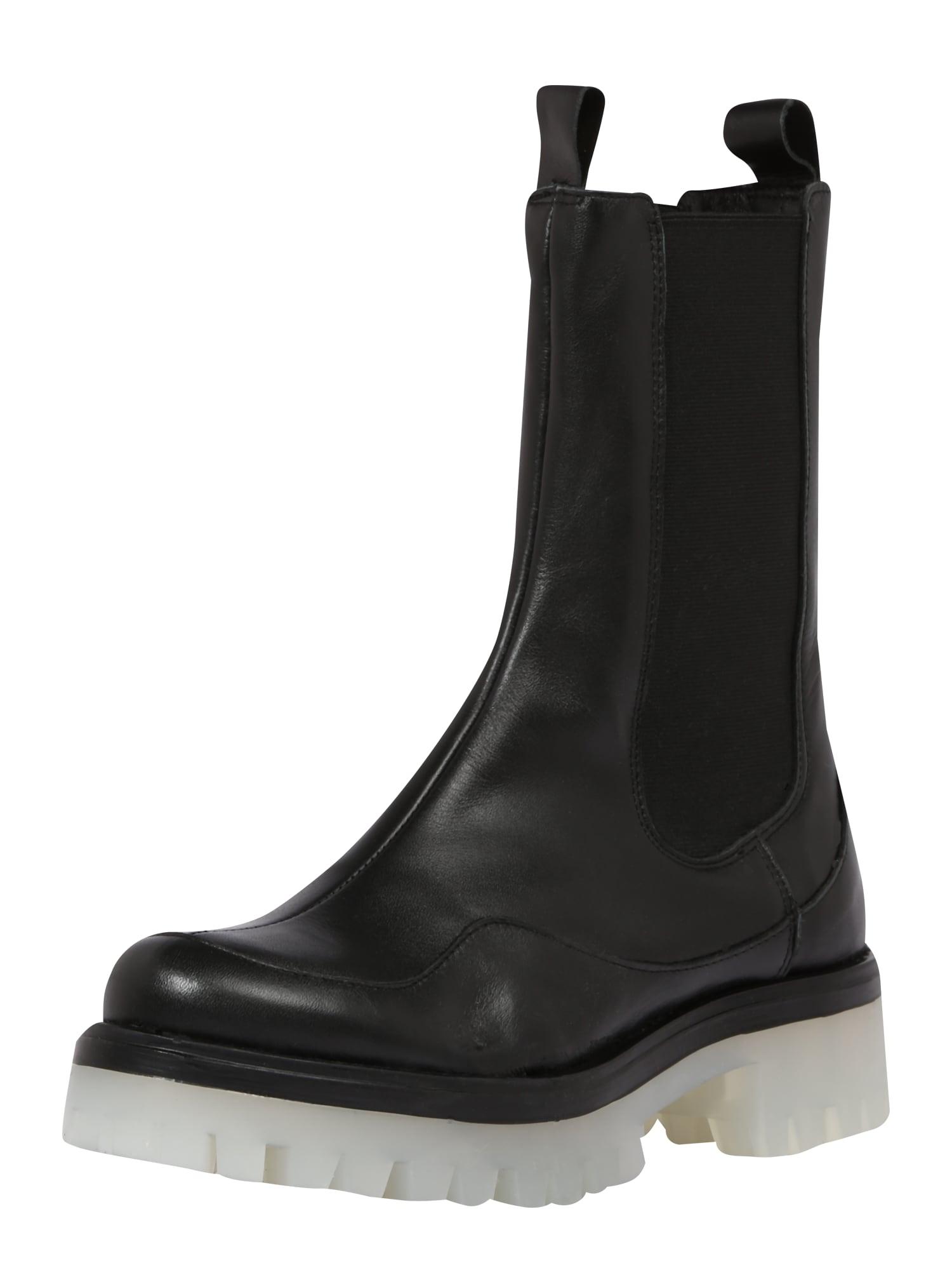 Ca Shott Auliniai batai juoda