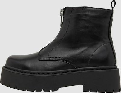 - Runde Schuhspitze - Reißverschluss-Detail vorne - Seitlicher Reißverschluss - Fersenlasche - Chunky-Sohle - Absatzhöhe: 3,5cm
