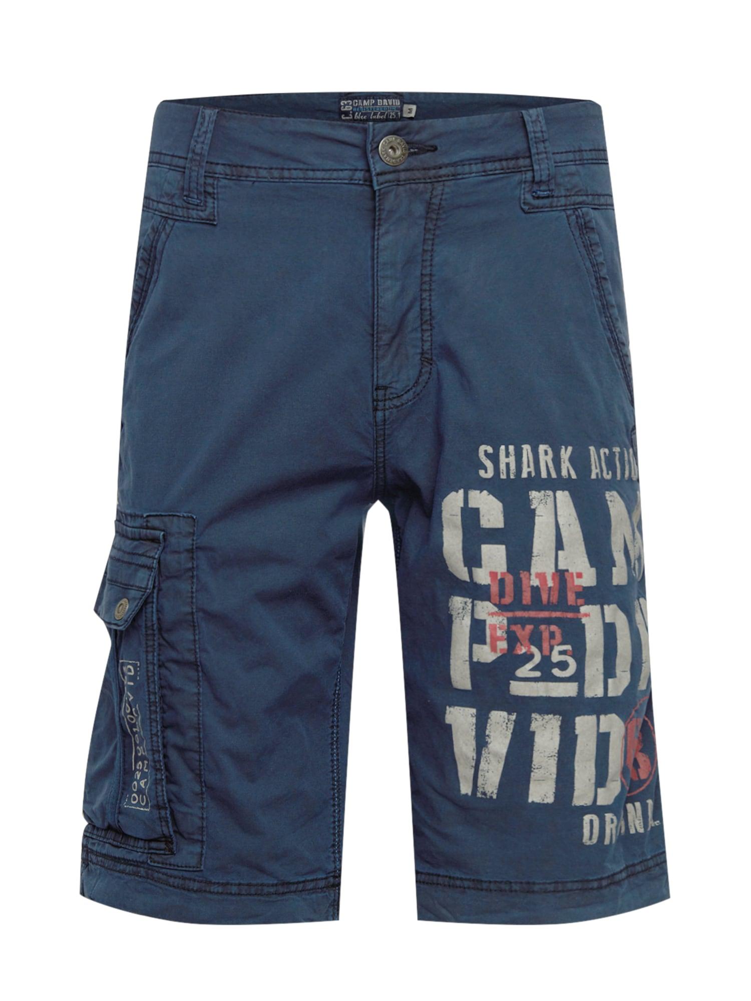CAMP DAVID Laisvo stiliaus kelnės tamsiai mėlyna / balta / lašišų spalva