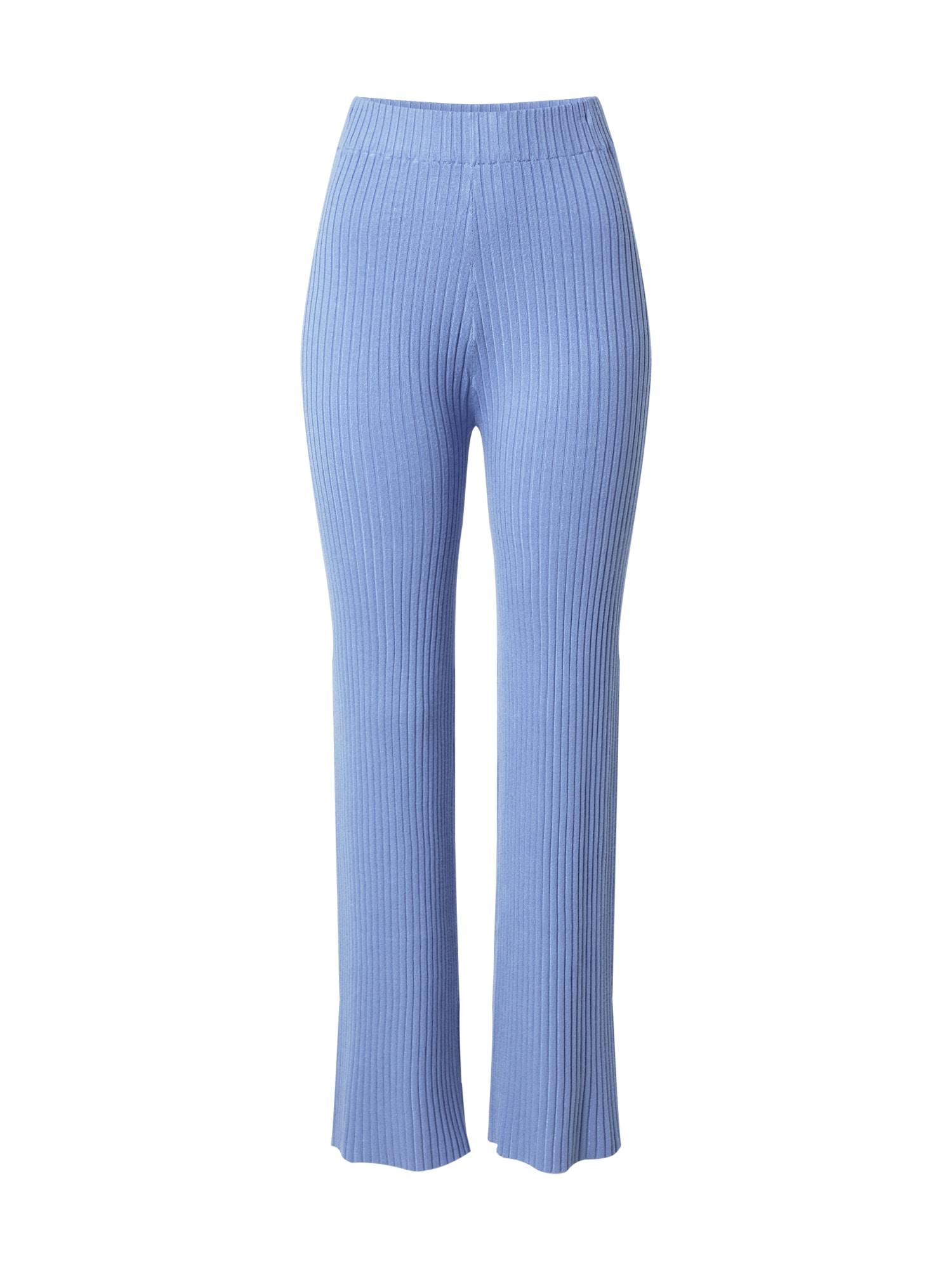 ABOUT YOU Kelnės 'Carlotta' mėlyna