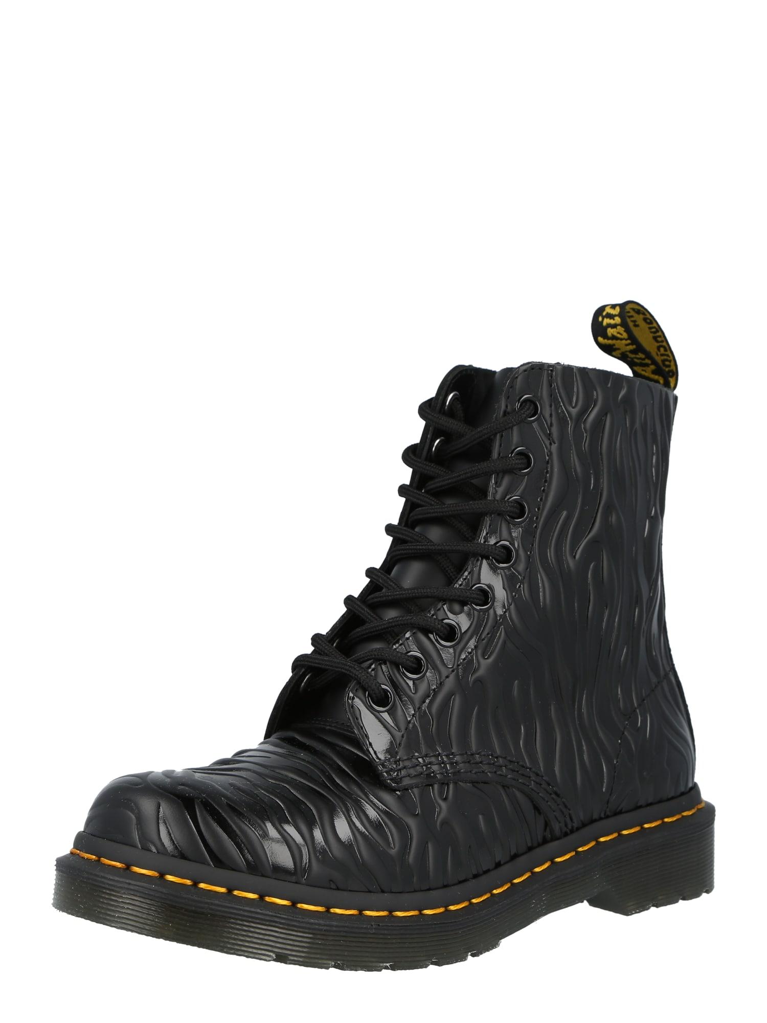 Dr. Martens Suvarstomieji batai