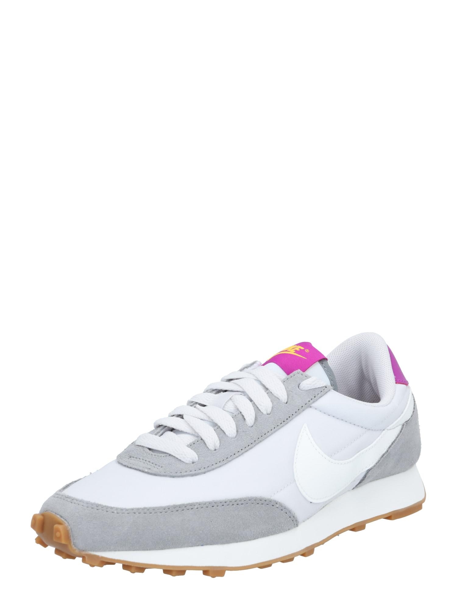 Nike Sportswear Tenisky 'Daybreak'  bílá / pink / šedá