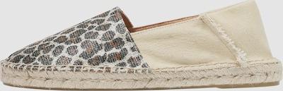 Espadrilles mit Animalprint. Sohle aus Espartogras, an der Ferse aus Segeltuch mit satiniertem Detail.