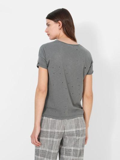 T-shirt 'Holes'